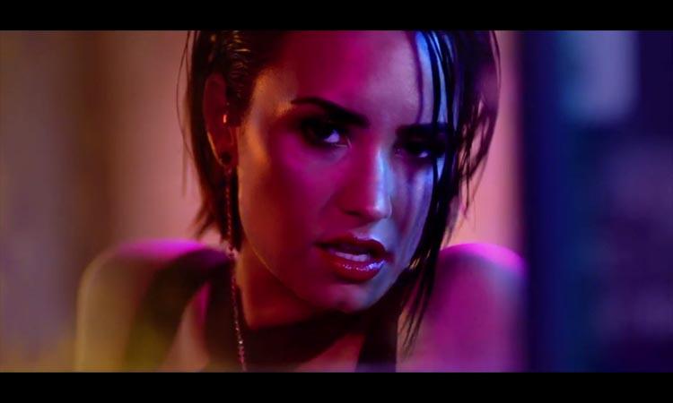 E agora Demi Lovato em versão porno