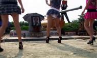 Funerais com strippers: dançar para mortos... e vivos