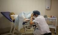 Consultas médicas e apoio psicológico para trabalhadoras do sexo