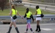 Trabalhadoras do sexo de rua obrigadas a usar coletes reflectores