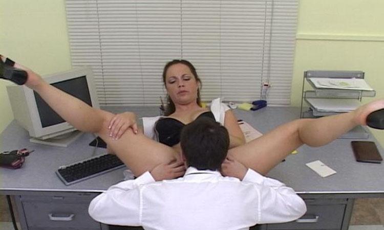 Conheça as profissões que fazem mais sexo