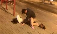 Estudantes apanhados a fazer sexo no meio da rua