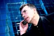 Como combinar um encontro com uma acompanhante pelo telefone